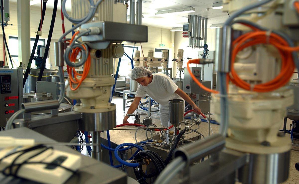 BioPartner Center Wageningen is een bedrijfsverzamelgebouw voor kennisintensieve bedrijven en instellingen met R&D faciliteiten. Wilt u een lab huren of een cleanroom of pilot plant? Met kantoorruimte en eigen of gedeelde vergaderfaciliteiten? Bel Kadans. BioPartner Center Wageningen heeft ook een incubatorfunctie voor starters.