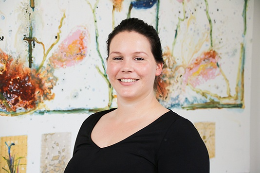 Linda Weinhold, Junior Vastgoedmedewerker